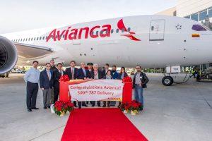 Boeing entrega o 500º avião 787 Dreamliner