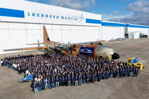 Lockheed Martin apresenta o primeiro cargueiro comercial LM-100J Super Hercules