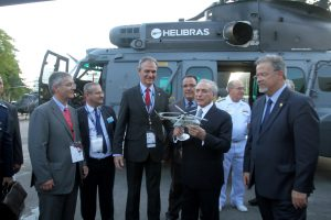 Helibras recebe visita do presidente Michel Temer