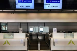 Passageiros podem despachar bagagem automaticamente no Aeroporto do Brasilia