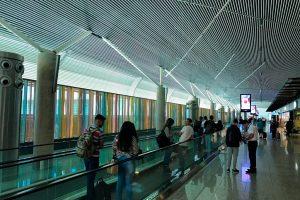 Aeroporto de Brasília inaugura obra de Athos Bulcão