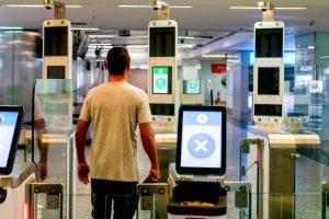 Aeroporto de Brasília instala e-gates para controle eletrônico de passaporte