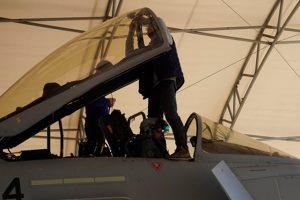 Realizando um voo a bordo do Eurofighter Typhoon (Video)