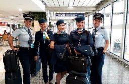 Azul celebra Dia Internacional da Mulher com voos com tripulação 100% feminina
