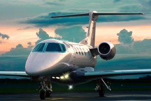 Embraer certifica e entrega primeiro Phenom 300E, novo modelo do jato executivo leve mais entregue por 6 anos consecutivos