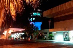 Aeroporto de Teresina recebe iluminação e atrações para alertar sobre câncer de próstata